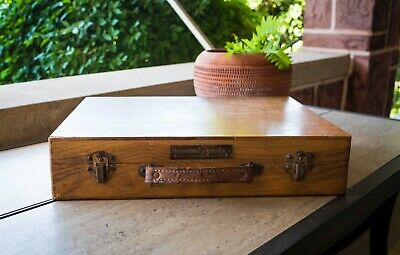 Vintage Antique PERMANENT PIGMENTS Wooden ART PAINT TRAVEL CASE Leather Handle