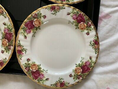 "Royal Albert Old Country Rose 10 1/4"" Dinner Plates X2"