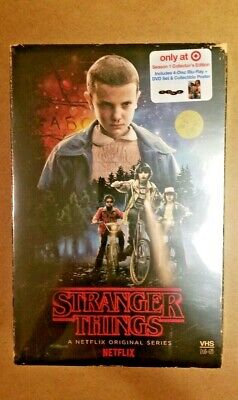 Stranger Things Season 1 Collector's Edition: Target + Poster (Blu-ray + DVD)