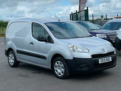 Peugeot Partner Professional 1.6Hdi Swb Van In Silver. *One Owner* 3 Seats*