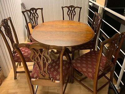 Antique Set of Wooden Oval Extending Mahogany Pedestal Table and 6 Chairs