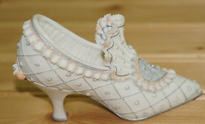 Willow Hall The Bride Shoe,  1999 Minature Decorative Shoe
