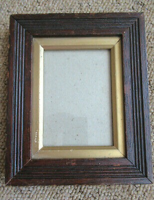 An Antique Vintage Reeded Decorative Oak Small Picture Photo Frame With Slip.