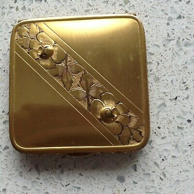 Rare Collectors Historic  Compact With Original Powder And Rouge
