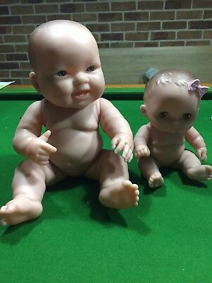 Berenguer Dolls X 2 With Carrier, Vinyl Body, Swivel Joints And Head  Genuine