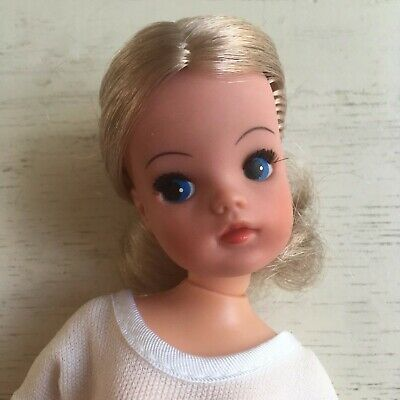 Sindy Doll | Active | Ballerina | Double Cup Waist | Fully Poseable | VGC