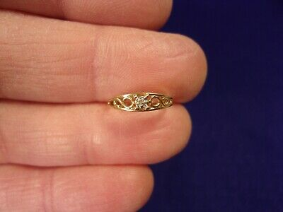 Excellent Little Young Girls 10K Yellow Gold Diamond Solitaire Tapered Band Ring