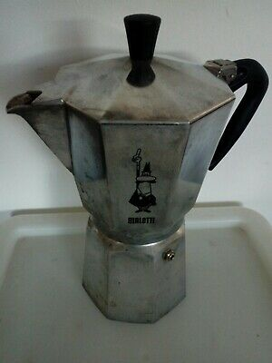 Bialetti 9 cup moka express cafetiere.