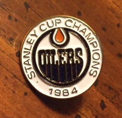 Vintage Edmonton Oilers 1984 Stanley Cup Champs NHL Pin Button Pinback
