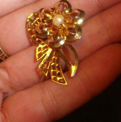 Estate Vintage Pearl Japan Flower 1960s Brooch -Art Deco Revival -2 post FREE