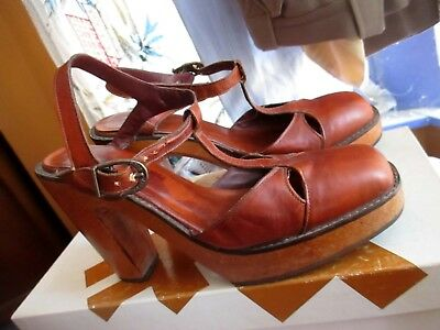 279fa23b4ab93 7M VTG 70'S Wood PLATFORM Sandals High Heel Peep Toe BARE TRAPS Leather  Shoes