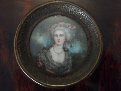 ANTIQUE BEAUTIFUL FRENCH 19th MINIATURE PORTRAIT PAINTING OF MARIE ANTOINETTE
