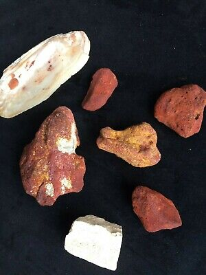 Six Solid Ochre's With Mixing Shell : Aboriginal: