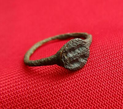Ancient ROMAN BRONZE ENGRAVED STAMP / SIGNET RING - 2 FIGURES
