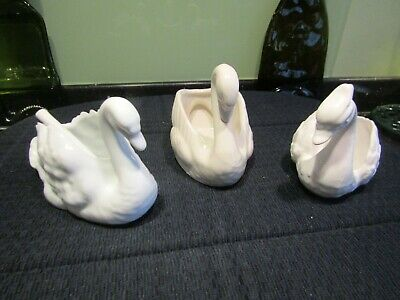Vintage/Retro/Kitsch - Trio Of Pottery White Swan Planters/Trinket Dishes/Salts