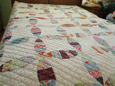 Vintage Handmade quilt 56 x 72 Wedding Ring dated to 65 years ago