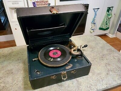 Antique VICTROLA Victor Talking Machine Portable Record Player WORKS! + Needles