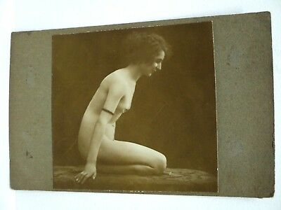 Vintage Carte Photo Modifiee Erotisme Beau Nu Agenouille Sepia Annees 1910