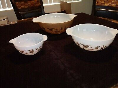 Vintage Pyrex EARLY AMERICAN Cinderella 3 PC NESTING MIXING BOWL LOT 444 443 441