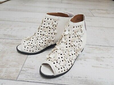 Girls summer shoes, River Island size 2