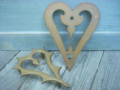 Early 19th C Solid Brass HEART Shaped Footed Trivet Fireplace Hearth Primitive