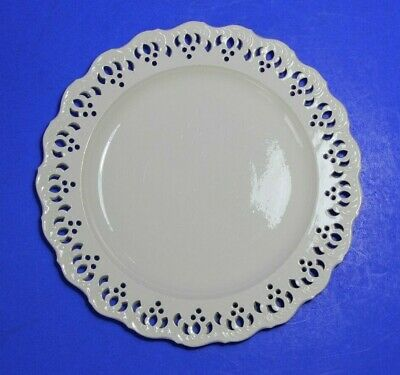 Antique WEDGWOOD Queensware ( creamware) feather edge, reticulated plate c1765