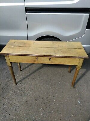 Antique / Country Oak Side Table / Workbench