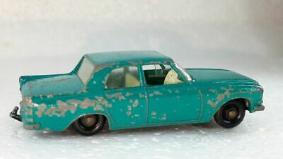 FORD ZEPHYR 6 MK III ~ Matchbox Lesney ~ 33 B3 ~ Made in England in 1963