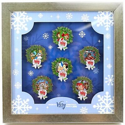 New Disney Parks Mickey's Very Merry Christmas Party 2018 Framed Pin Set LE 500