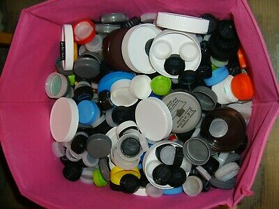 Lot of 900+ Plastic Bottle Caps Lids Assorted Sizes & Colors Crafts Scrapbooking