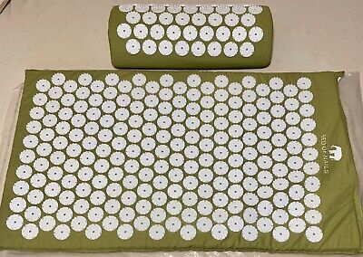 Bed of Nails Acupressure Mat and Pillow Bundle