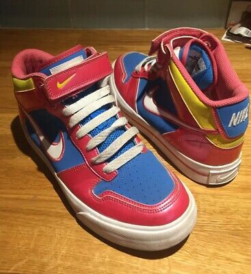 Womens Ladies Childs Girls Vintage  Nike Hi Top Trainers Size 4 Multi Colour