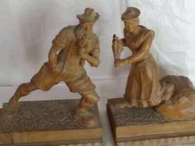 2 Vintage Hand Carved  Figurines Of German Couple Hugo Rossling Bul Tolz