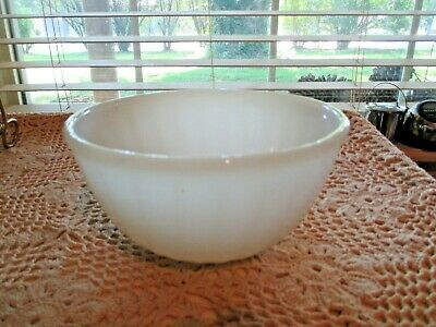 "Vintage Fire King Oven Ware USA White Swirl Mixing Nesting Bowl 6"" EX NICE"