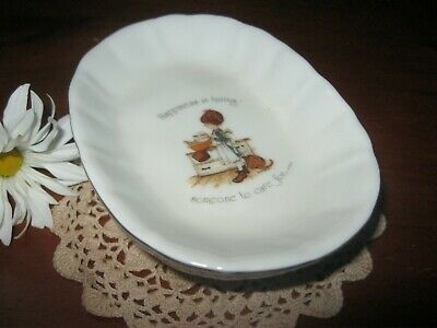 Beautiful Holly Hobbie Soap Dish.Gorgeous Design.Good Size.Excellent Condition.