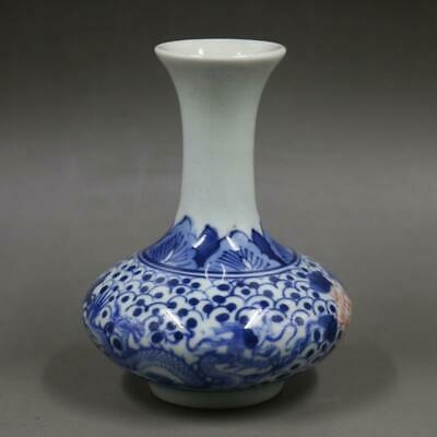 Chinese ancient antique hand make Blue and white dragon pattern vase  Z4
