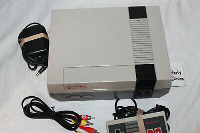 USED Nintendo Entertainment System NES-001 Console + Gamepad & Cords