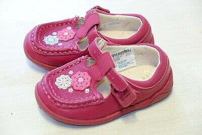 Clarks Litzy Suzy Baby girl berry leather shoes size 5/21 F RRP£27