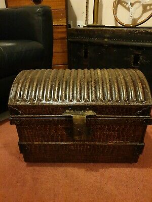 ANTIQUE VICTORIAN SCUMBLE GLAZED DOME TOP JONES BROTHERS & Co SHIPPING TRUNK
