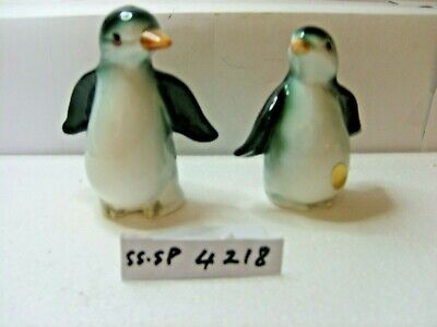 penguins  salt and pepper shakers