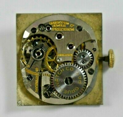 Vintage Gruen Curvex Hand Wind Mechanic 17J Cal.440 Mens Watch Movement lot.t