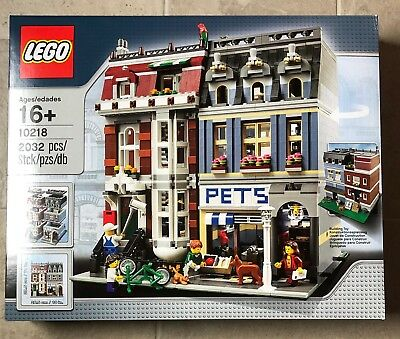 LEGO Creator 10218 Pet Shop Modular Collectors New & Sealed Fast Free Post