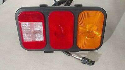 Freightliner Tail Light   A06-31855-002