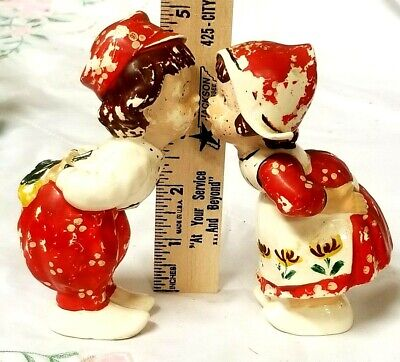 Vintage Boy And Girl Kissing Salt & Pepper Shakers
