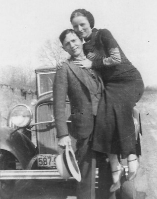 Bonnie and Clyde American Gangsters Photo Art 8x10
