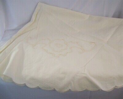"Handmade Antique Vintage Embroidered Scallop Rim Tablecloth 70"" Diameter"