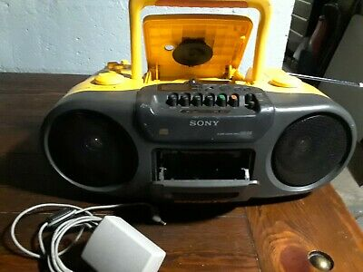 Sony CFD-970 Sports Water Resistant CD Radio Cassette 90s Mega Bass Stereo 2.C6