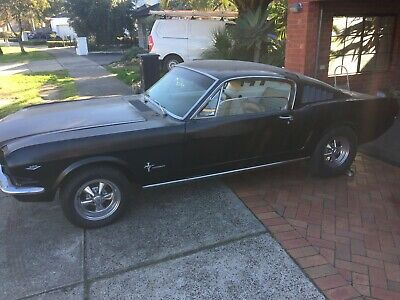 1965 Ford Mustang Fastback 289 C code, A/C, PWR steering, Automatic.