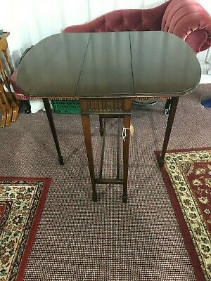 Edwardian Mahogany Sutherland Drop Leaf Table With Spade Foot Legs