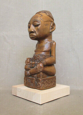 Old Carving of a KUBA Dignitary - Belgian CONGO - early 1900
